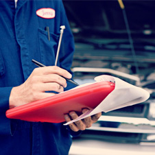 car professionals servicing independent workshops e-car